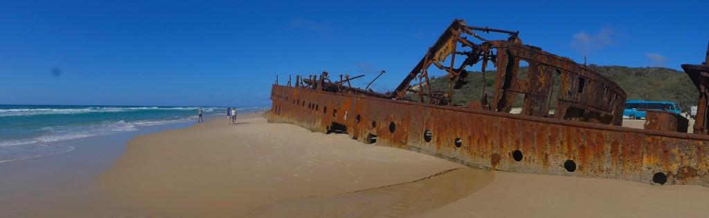 Schiffwrack Fraser Island. Falls du auf das Bild klicken solltest erlebst du die reinste Magie.