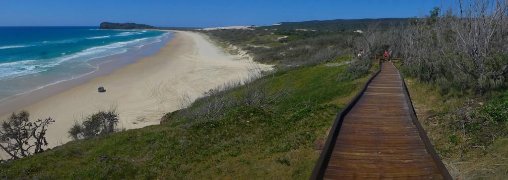 Fraser Island. Falls du auf das Bild klicken solltest erlebst du die reinste Magie.