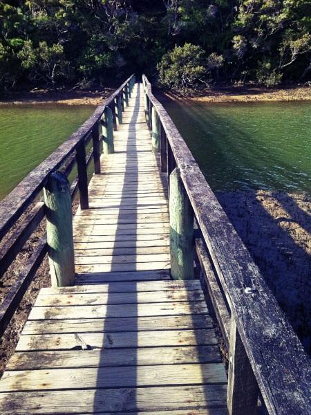 Brücke für die Seelen an das andere Ufer.
