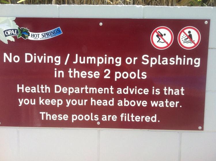 Herzlich zum lachen. Noch besser: nicht zu lange den Kopf unter Wasser halten sonst können vielleicht bleibende Schäden entstehen!
