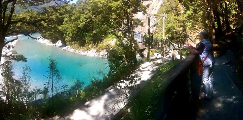 Blue Pools zwischen Haast Pass und Lake Wanaka.
